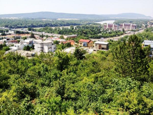 Где приобрести квартиру в словакии?